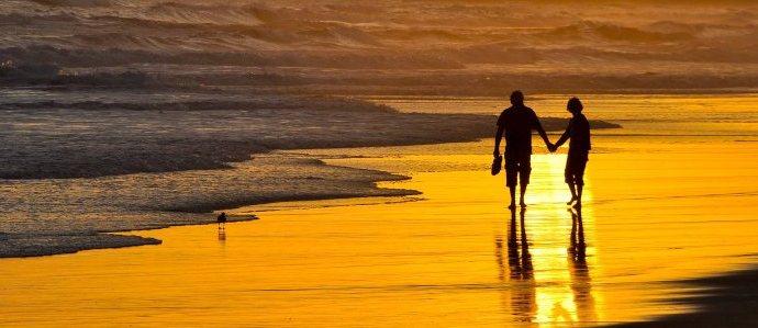 walk on beach reduce anxiety